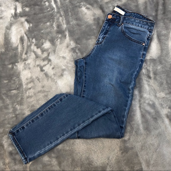 Forever 21 Denim - Forever 21 Skinny Med Wash Stretch Jeans Size 25